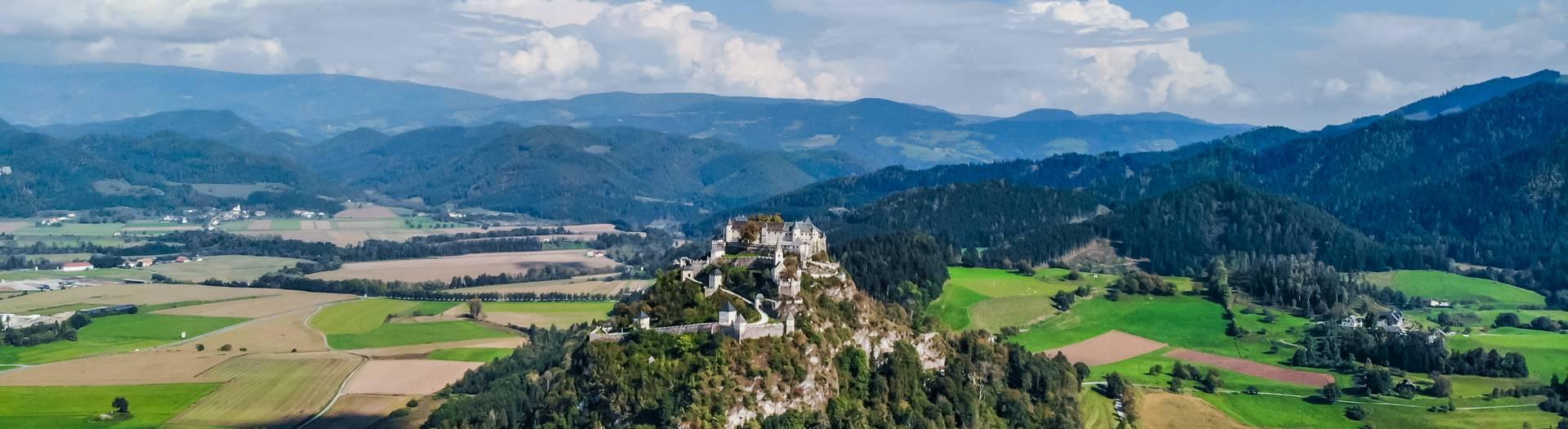 Die Felsenburg Burg Hochosterwitz in Kärnten