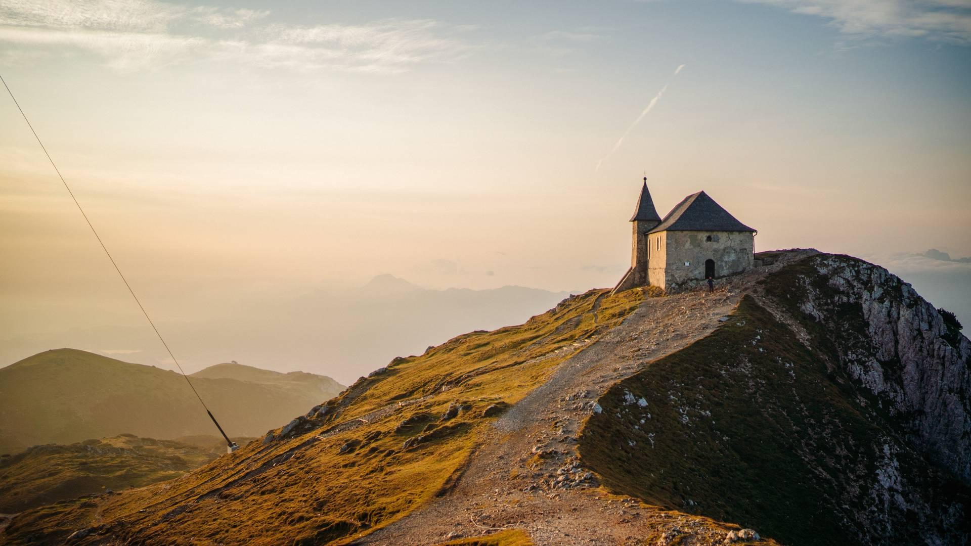 Dobratsch Kirche