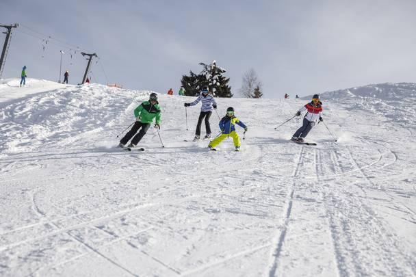 Neusacher Moser_Skifahren am Weissensee